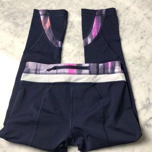 lululemon athletica Pants - Lululemon crop leggings size 4